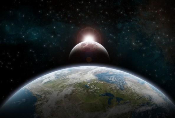 http://www.allabout-energy.com/Pphotos/Moon/NewMoon-SolarEclipse.jpg